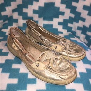 Gold sperry top siders